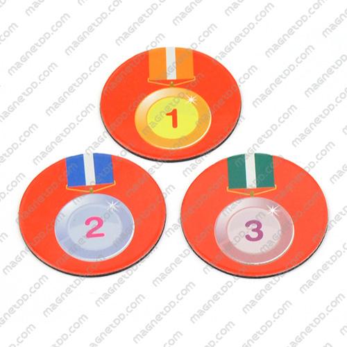 แม่เหล็กยาง รูปเหรียญรางวัล กลม 45mm ชุด 3ชิ้น - พื้นแดง แม่เหล็กถาวรยาง Flexible Rubber Magnets