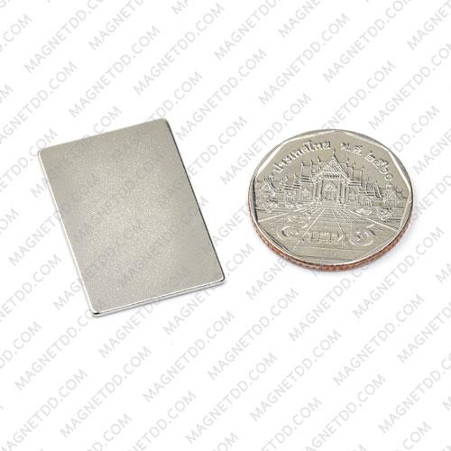 แม่เหล็กแรงสูง Neodymium ขนาด 30mm x 20mm x 1mm แม่เหล็กถาวรนีโอไดเมี่ยม NdFeB (Neodymium)