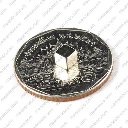 แม่เหล็กแรงสูง สี่เหลี่ยมลูกบาศก์ 4mm x 4mm x 4mm แม่เหล็กถาวรนีโอไดเมี่ยม NdFeB (Neodymium)