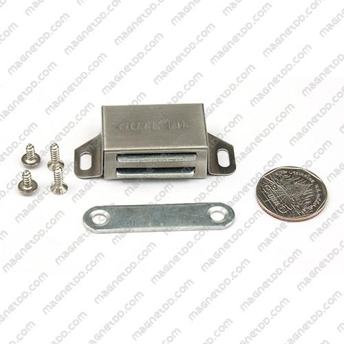 ชุดสลักสัมผัสแม่เหล็ก GUTE แบบสแตนเลส ขนาด 36mm x 23mm x 14mm แม่เหล็กถาวรเฟอร์ไรท์ (แม่เหล็กดำ) Ferrite