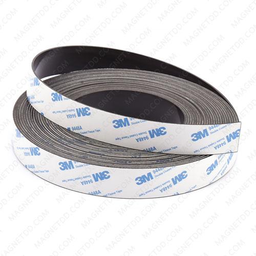 แม่เหล็กยางสติกเกอร์ 3M ขนาด 25mm x 1.5mm ยาว 30เมตร [ยกม้วน] แม่เหล็กถาวรยาง Flexible Rubber Magnets