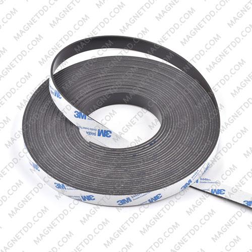 แม่เหล็กยางสติกเกอร์ 3M ขนาด 15mm x 2mm ยาว 1เมตร แม่เหล็กถาวรยาง Flexible Rubber Magnets
