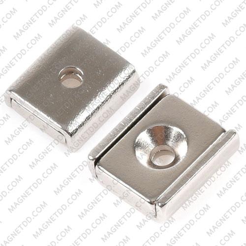 Mounting Magnet สี่เหลี่ยม 15mm x 13.5mm x 5mm รู 3.3mm แม่เหล็กถาวรนีโอไดเมี่ยม NdFeB (Neodymium)